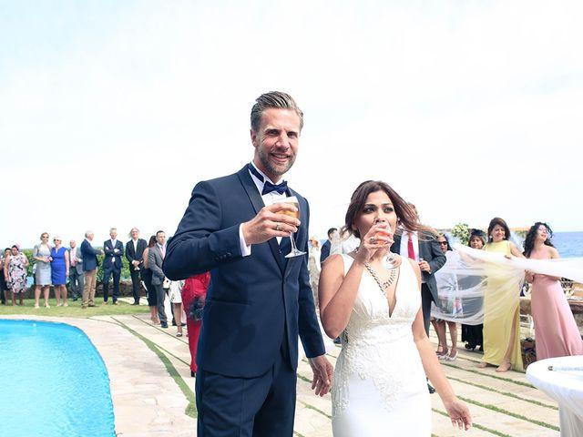 La boda de Fredinand y Ninoshka en Altafulla, Tarragona 41