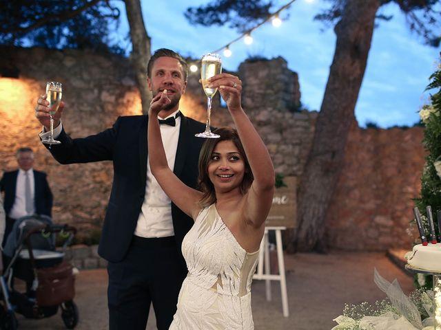 La boda de Fredinand y Ninoshka en Altafulla, Tarragona 57
