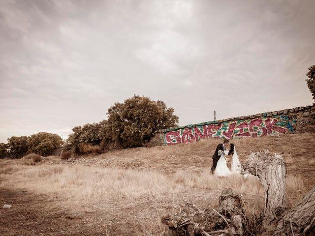 La boda de Carlos y Esther en Guadarrama, Madrid 13
