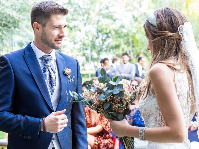 La boda de David y Marina en Alfajarin, Zaragoza 15
