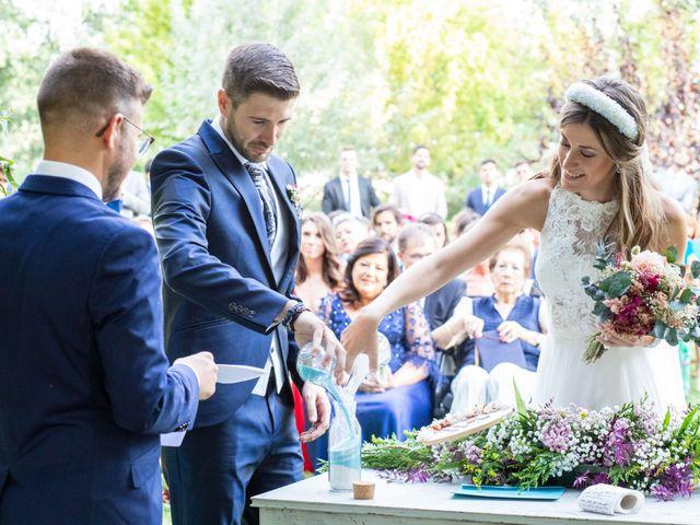 La boda de David y Marina en Alfajarin, Zaragoza 18