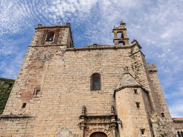 La boda de Cristina y Santi en Cáceres, Cáceres 17