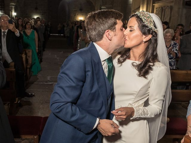 La boda de Cristina y Santi en Cáceres, Cáceres 29