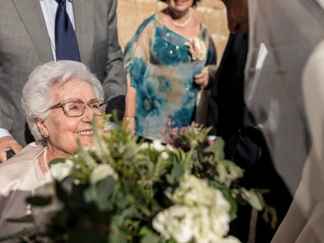 La boda de Cristina y Santi en Cáceres, Cáceres 33