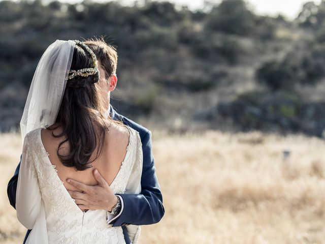 La boda de Cristina y Santi en Cáceres, Cáceres 35