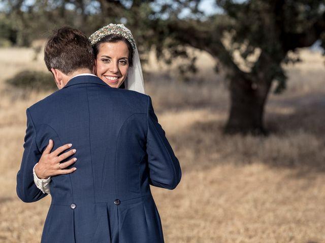 La boda de Cristina y Santi en Cáceres, Cáceres 36