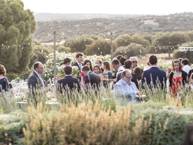 La boda de Cristina y Santi en Cáceres, Cáceres 40