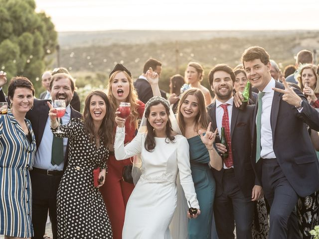 La boda de Cristina y Santi en Cáceres, Cáceres 47
