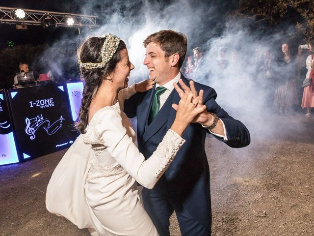 La boda de Cristina y Santi en Cáceres, Cáceres 68