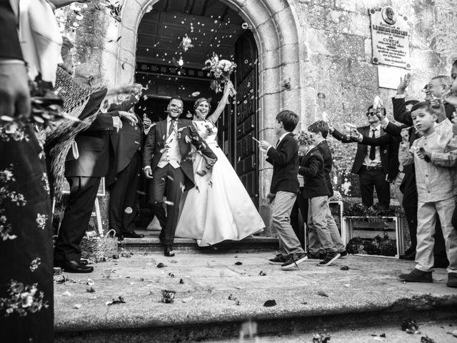 La boda de Héctor y Alejandra en Moraña, Pontevedra 43