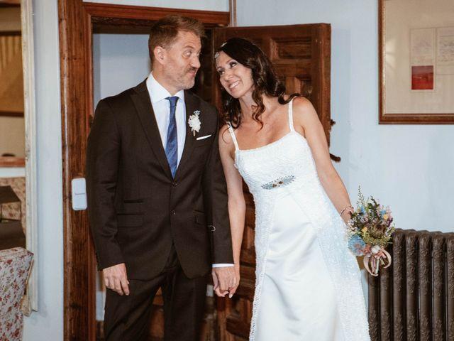 La boda de Carlos y Diana en Chinchon, Madrid 15