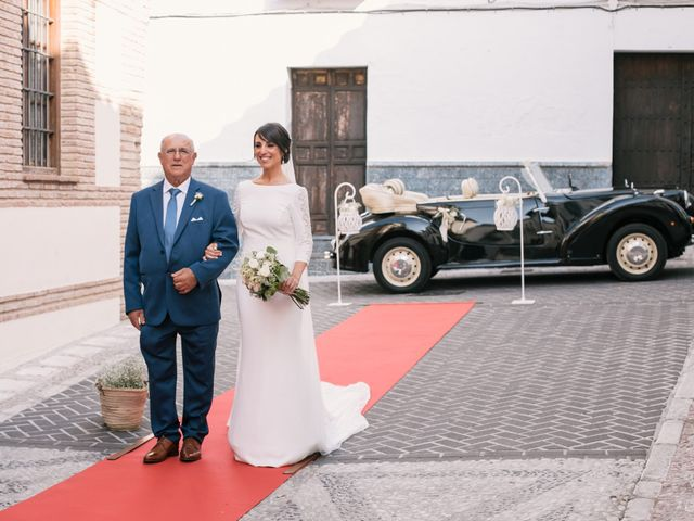 La boda de Pilar y Daniel en Alhaurin El Grande, Málaga 21