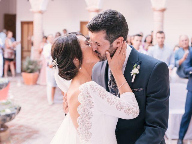 La boda de Pilar y Daniel en Alhaurin El Grande, Málaga 32