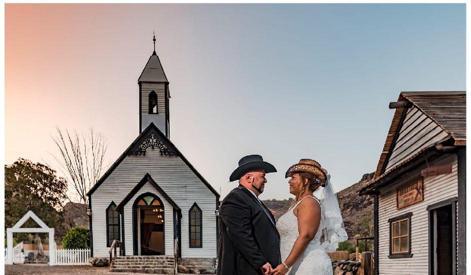 La boda de Juan Antonio  y Begoña  en Santa Lucia, Las Palmas