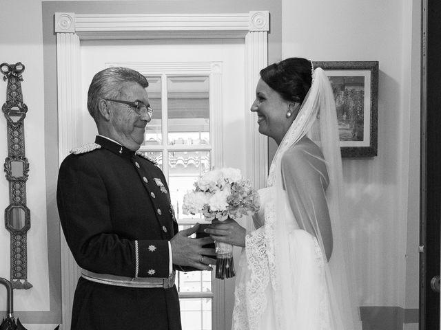 La boda de Jose Miguel y Isabel en Tomares, Sevilla 45
