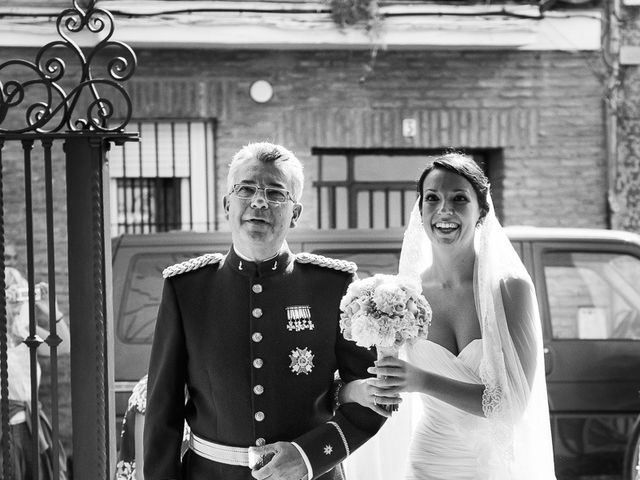 La boda de Jose Miguel y Isabel en Tomares, Sevilla 47