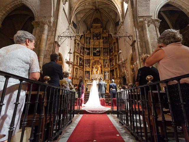 La boda de Jose Miguel y Isabel en Tomares, Sevilla 53