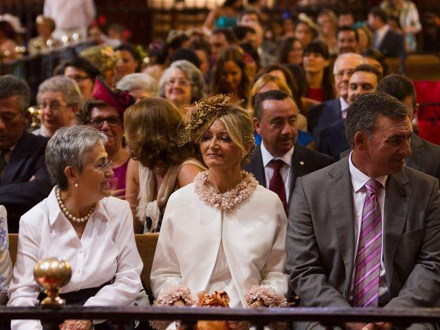 La boda de Jose Miguel y Isabel en Tomares, Sevilla 77