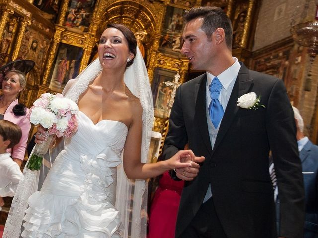 La boda de Jose Miguel y Isabel en Tomares, Sevilla 78