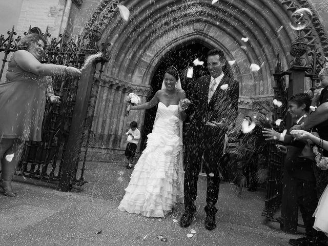 La boda de Jose Miguel y Isabel en Tomares, Sevilla 80