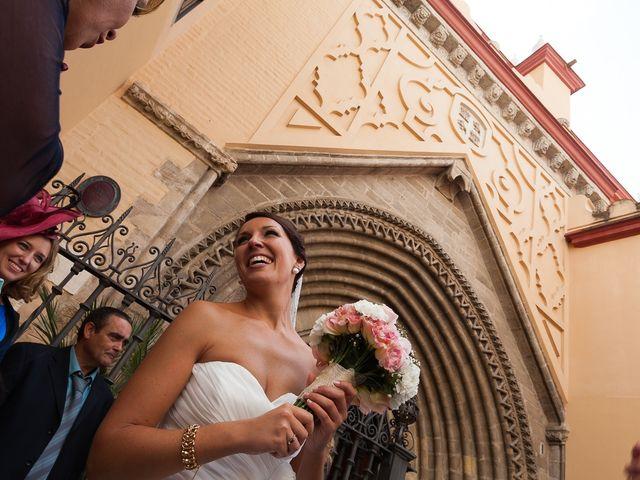 La boda de Jose Miguel y Isabel en Tomares, Sevilla 81