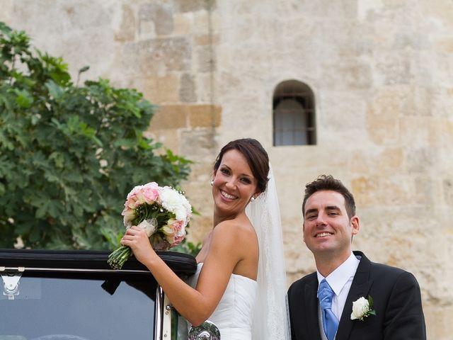 La boda de Jose Miguel y Isabel en Tomares, Sevilla 92