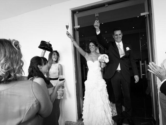 La boda de Jose Miguel y Isabel en Tomares, Sevilla 93