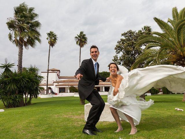 La boda de Jose Miguel y Isabel en Tomares, Sevilla 99