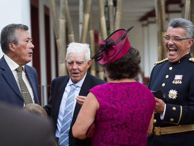 La boda de Jose Miguel y Isabel en Tomares, Sevilla 105