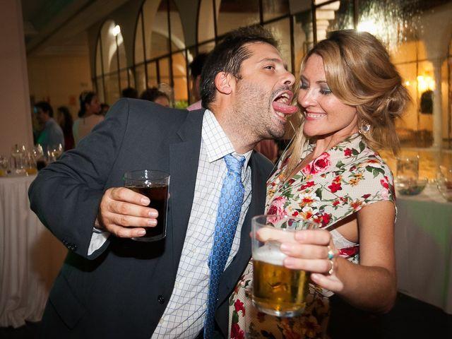 La boda de Jose Miguel y Isabel en Tomares, Sevilla 125