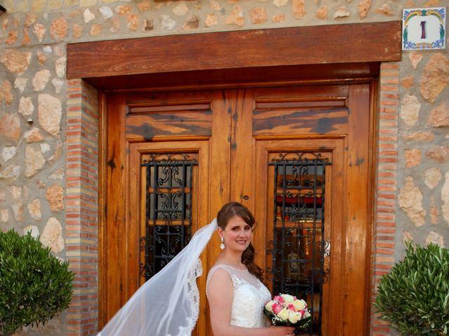 La boda de Manuel y Esperanza en Tabernes Blanques, Valencia 11