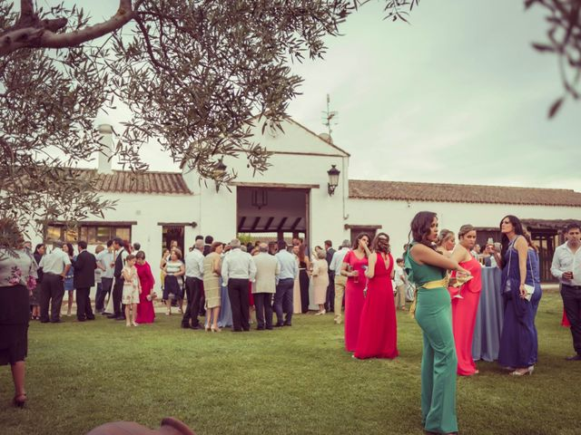 La boda de José Manuel y Lourdes en Arcos De La Frontera, Cádiz 17
