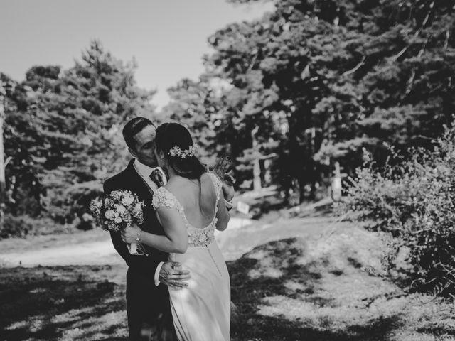 La boda de Kike y Marta en Villaverde Del Monte, Soria 3