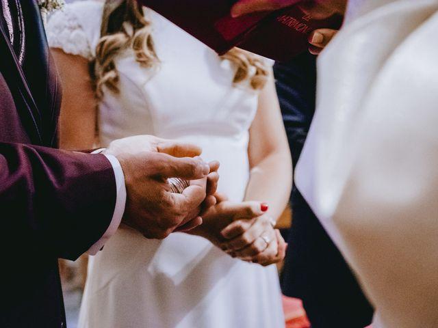 La boda de Kike y Marta en Villaverde Del Monte, Soria 17