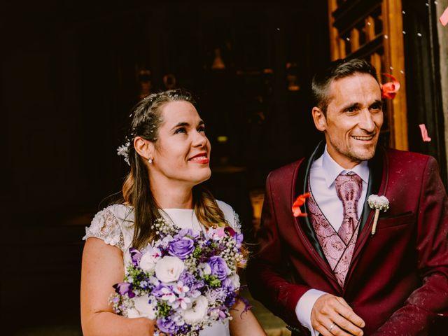 La boda de Kike y Marta en Villaverde Del Monte, Soria 18