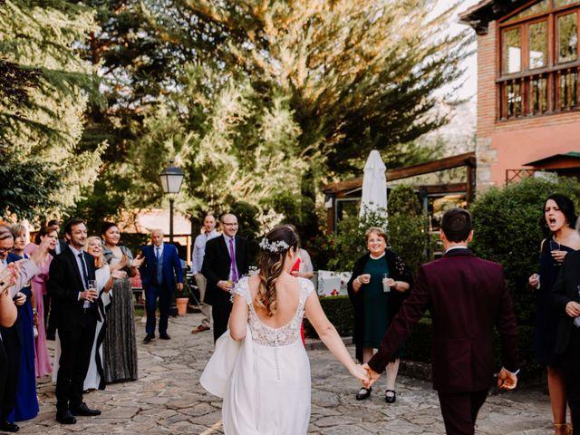 La boda de Kike y Marta en Villaverde Del Monte, Soria 22