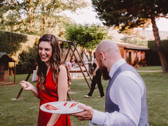 La boda de Kike y Marta en Villaverde Del Monte, Soria 24
