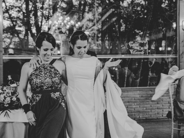 La boda de Kike y Marta en Villaverde Del Monte, Soria 26