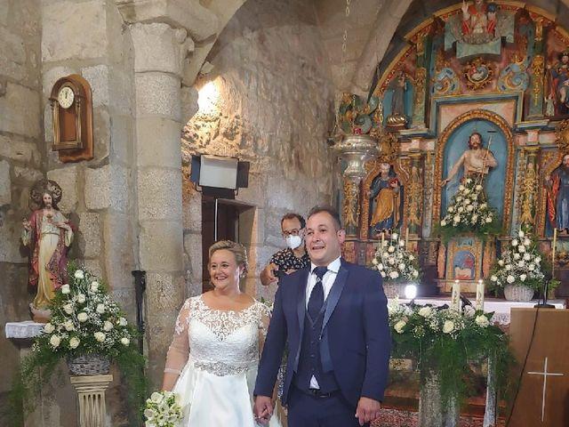 La boda de Rubén  y Mónica  en Teo, A Coruña 1