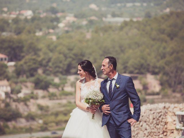 La boda de Alberto y Jessica en Polop, Alicante 3