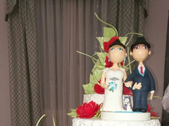 La boda de Juan Ruiz y Cristina  en Sevilla, Sevilla 2