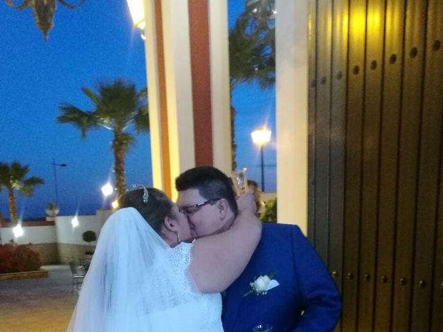 La boda de Juan Ruiz y Cristina  en Sevilla, Sevilla 4