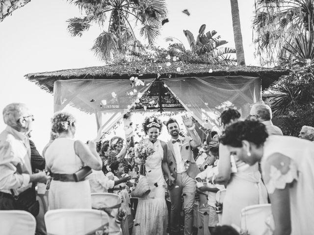 La boda de Antonio y Beatriz en Benalmadena Costa, Málaga 21