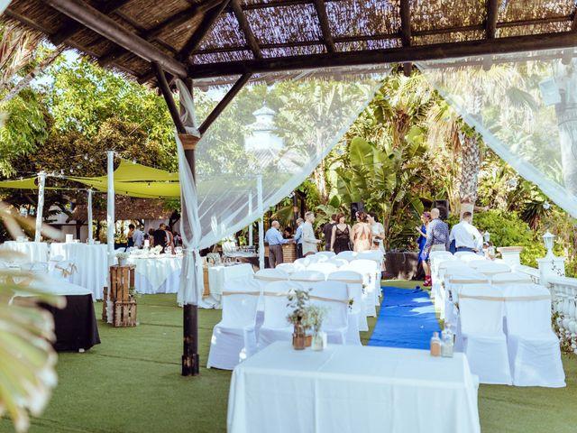 La boda de Antonio y Beatriz en Benalmadena Costa, Málaga 46