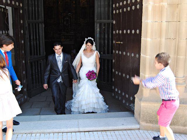 La boda de María Belén y Pedro en Santa Marta De Los Barros, Badajoz 9
