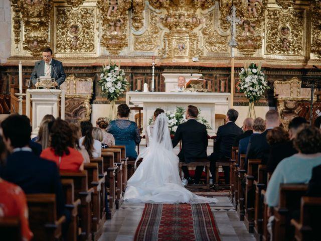 La boda de Neil y Raquel en Burgos, Burgos 19