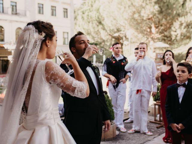 La boda de Neil y Raquel en Burgos, Burgos 33