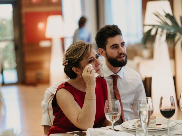 La boda de Neil y Raquel en Burgos, Burgos 47