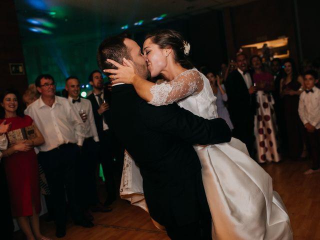La boda de Neil y Raquel en Burgos, Burgos 57