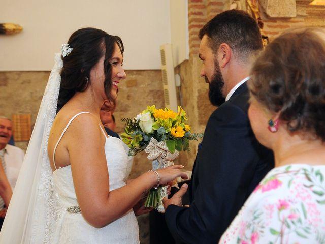 La boda de Abiguei y André en Navalmoral De La Mata, Cáceres 26